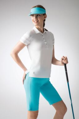 Ladies' Aqua Tee Look