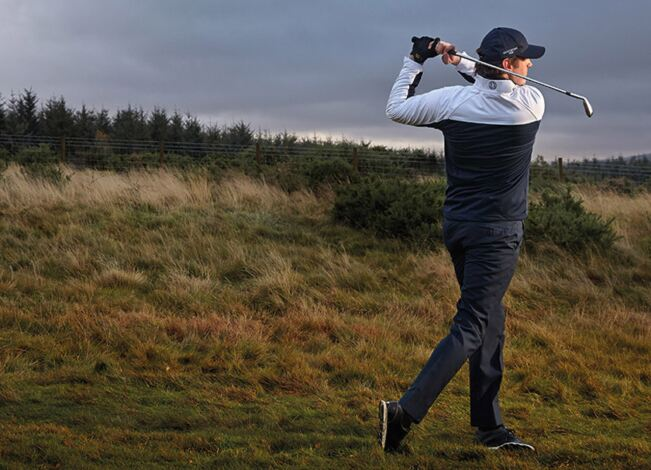 How to layer golf clothing
