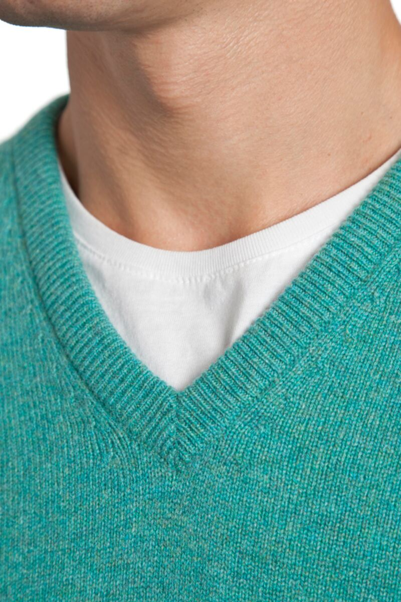 Heritage V Neck 100% Cashmere Sweater Product Image 3