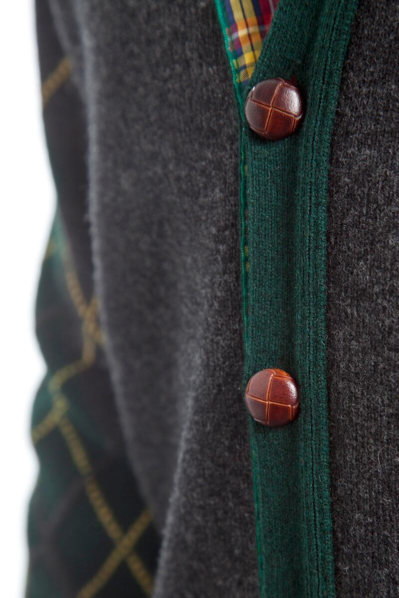 Heritage 100% Lambswool Argyle Arms V Neck Classic Fit Cardigan - Sale Product Image 4