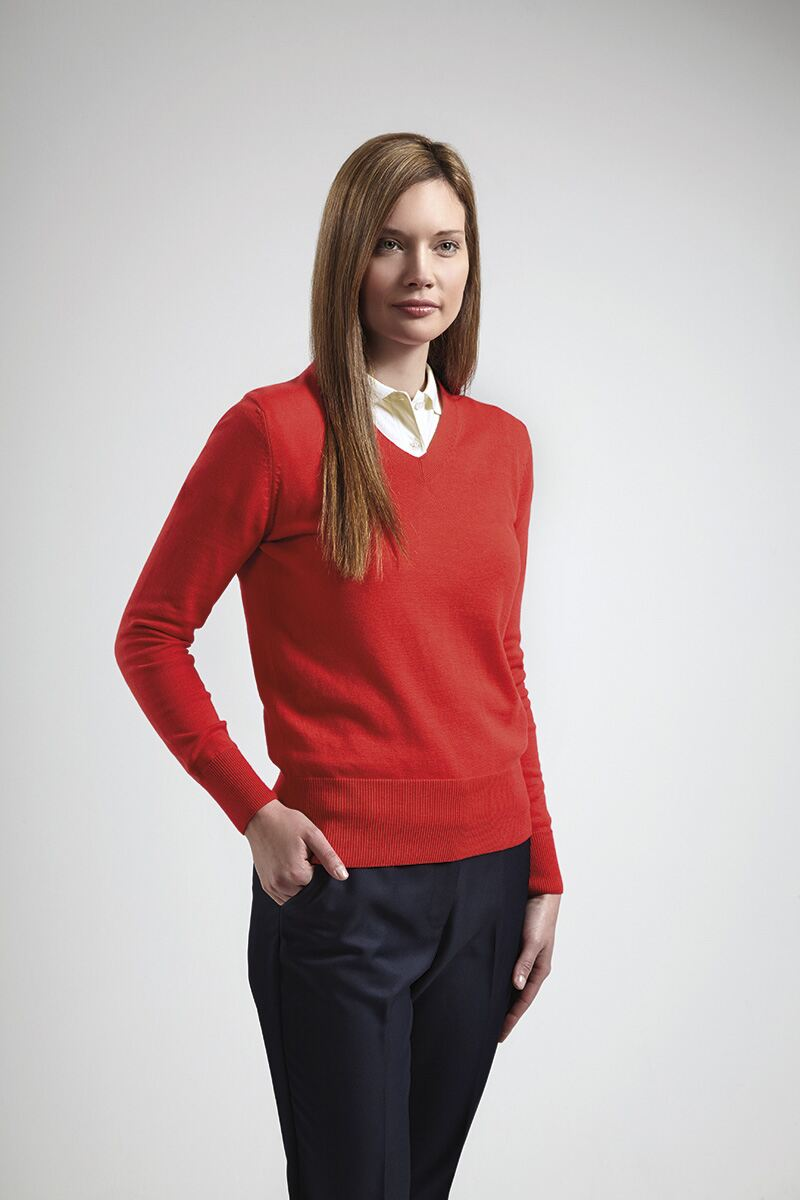 Find a large range of sweaters on sale today. Hello! It appears the browser you are using is Internet Explorer 7 (IE7).